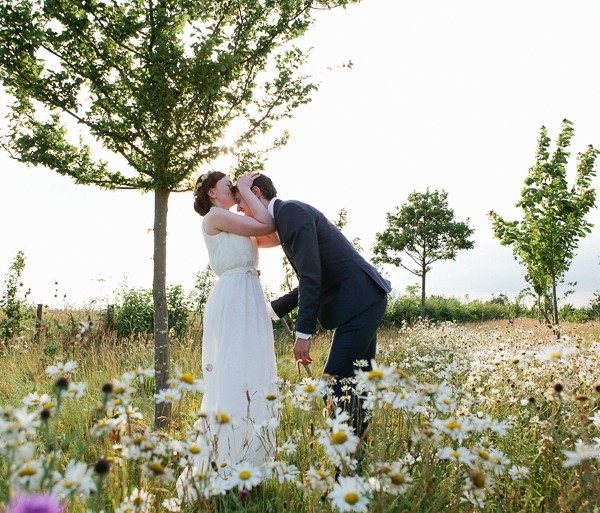 Rustic Wedding Photography At South Farm in Cambridgeshire