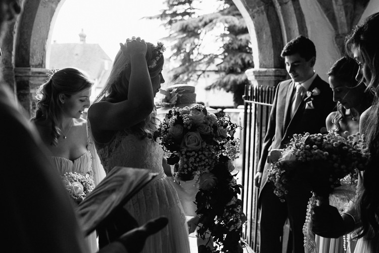 laid back fun Country House wedding at Wadhurst Castle in Sussex by Matilda Delves documetary wedding photography Kent and London