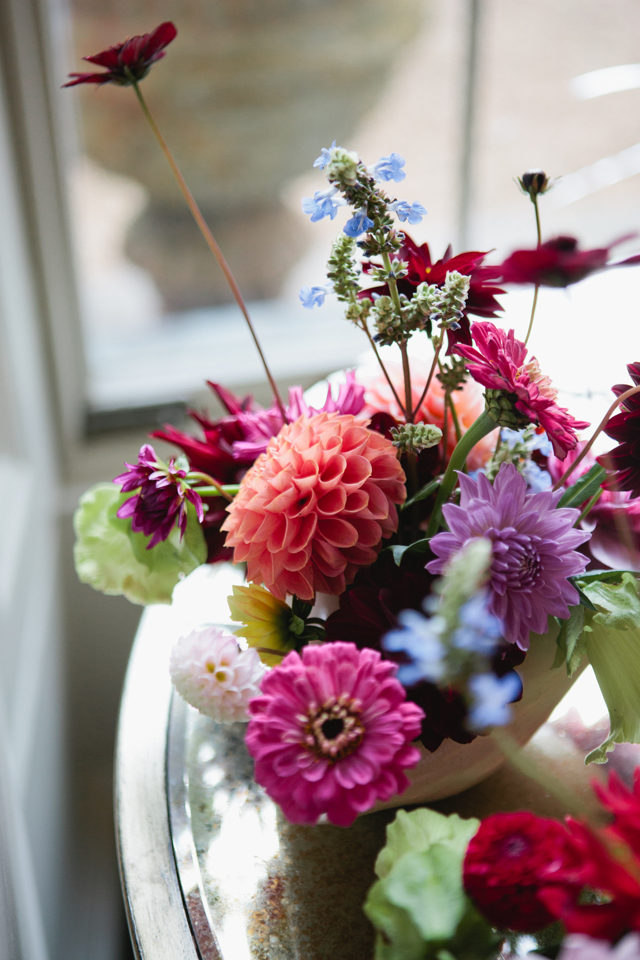 A floral display photographed by Kent wedding photographer