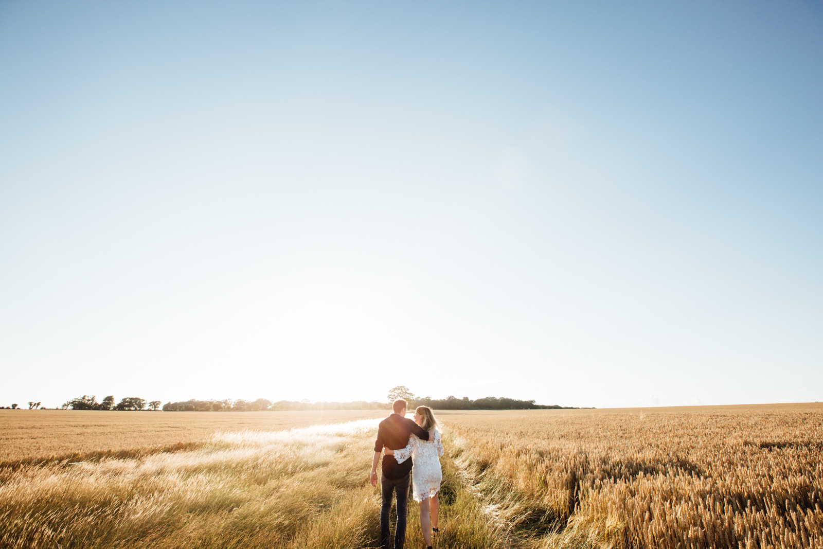 A beauiful Golden hour Pre-Wedding Shoot near Canterbury in Kent