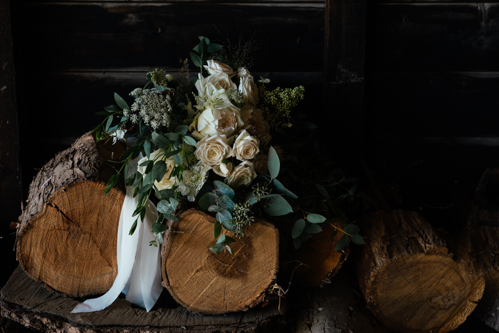 A bridal bouquet at The Oak Barn Frame Farm Benenden